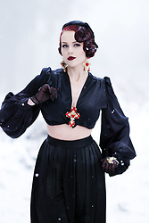 Charlotte S. - Vintage Vandalizm Harlow Set In Black Satin - Till Death we'll be freezing