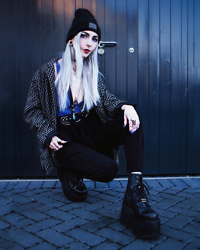 Kimi Peri - True Religion Blazer, Les Lunes Baggy Trousers, Platform Boots, Tommy Vowles Vegan Harness, Asos Bralette, The Anti Life Beanie, Rogue + Wolf Black Matte Ring - Tomboy 💙🖤