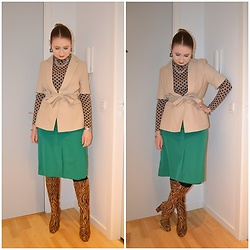 Mucha Lucha - H&M Roll Neck Top, H&M Short Sleeve Blazer, Second Hand Skirt, Raid Boots - Change it up and play dress up