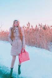 Shelly G - Marciano Pink Winter Coat, Louis Vuitton Pink Bag, Aldo Booties, Guess White Beanie - Pink Winter Coat