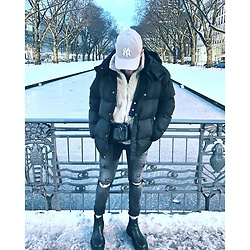 Thibaud Coquillon - Asos Puffer Jacket, Asos Shoulder Bag, Asos Boots, H&M Jeans, H&M Jacket - #27