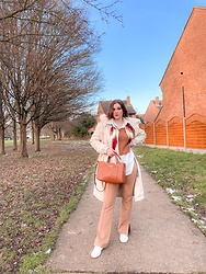 Elisa B. - Boohoo Long Coat, Steve Madden Brown Bag, Shein Wide Leg Trousers - 11.02.21
