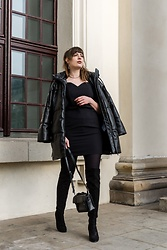 Andrea Funk / andysparkles.de -  - Black with Puffer Jacket