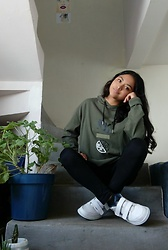 Angie N. - Express Oversized Hoodie - Why oversized hoodies are better