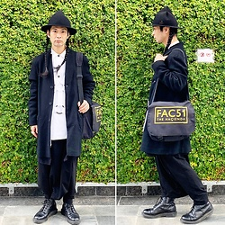 @KiD - Vivienne Westwood Magical Hat, King Mob Parachute Shirts, Ch. No Collor Coat, Hacienda Shoulder Bag, Monochrome Penguin Pants, Dr. Martens Unknown Pleasures - JapaneseTrash632
