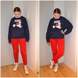 Mucha Lucha - H&M Sweatshirt, Monki Trousers, H&M Socks, Nike Sneakers - Rabbit