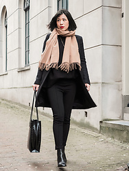 Vivian Tse - Acne Studios Scarf, Mango Leggings, Zara Coat, Zara Oversized Jumper, Zara Bag, Zara Ankle Boots - Head-to-toe Zara