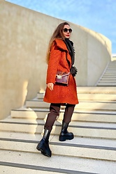 Rimanere Nella Memoria - H&M Boots, More & Coat - Casual Chic with black Boots