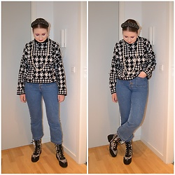 Mucha Lucha - H&M Jumper, H&M Jeans, Asos Boots - Mixing black and white patterns