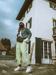Doina M. - Balenciaga Triple S, Topshop Balloon Trousers - WearYourMask