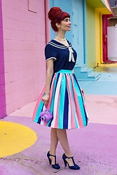 Bleu Avenue - Collectif Mainline Jasmine Seaside Skirt - Somewhere Over the Rainbow
