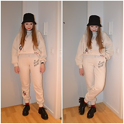 Mucha Lucha - H&M Bucket Hat, H&M Sweatshirt, H&M Joggers, Bershka Shoes - Another sweatsuit look