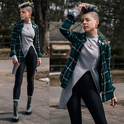Carolyn W - H&M Plaid, Split Top, Black Milk Clothing Fleecy, Mo Socks Vintage Vibes, Ego Shoes Clear - St. Patrick's Day Layers