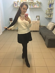 Fia Van den Berg - H&M Sweater, Stradivarius Blouse, H&M Skirt - Preppy