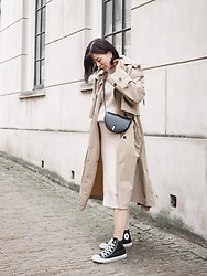 Vivian Tse - Zara Oversized Trench, Wandler Bag, H&M Skirt, H&M Sweater, Converse Sneakers - Oversized