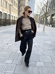 Anna Borisovna - Other Stories Blazer, Gobi Sweater, Massimo Dutti Belt, Sezane Pants, Billi Bi Loafer - The cashmere sweater