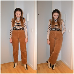 Mucha Lucha - Stradivarius Sweater Vest, H&M Roll Neck Top, Second Hand Belt, H&M Trousers, Monki Boots - Midweek neutrals