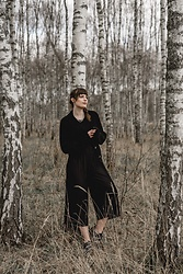 Andrea Funk / andysparkles.de -  - All Black in the Woods