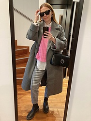 Tímea C - Zara Pants, Mango Sweater - Pink Chunky Sweater