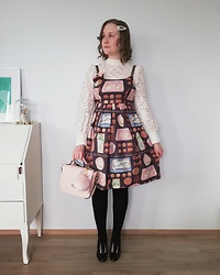Mari Susanna - Angelic Pretty Brooch, Emily Temple Cute Chocolatier Dress, Souvenir From Rome Bag, Minna Parikka Shoes - The only Easter bunnies are chocolate bunnies ☝🏻