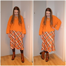 Mucha Lucha - H&M Jumper, Monki Skirt, H&M Tights, Raid Boots - Autumnal vibe in winter