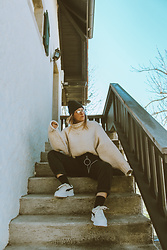 Doina M. - Puma Chunky Sneakers, H&M Oversized Jumper - Comfy Friday..