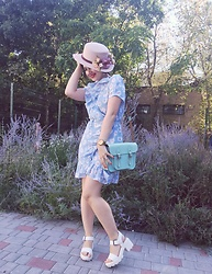 Fia Van den Berg - H&M Dress, Bershka Sandals, Cambridge Satchel Bag, Guess Watch, Asos Hat - Romantic