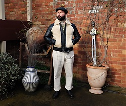 Jared Acquaro - Flat Cap, Grizzly Leather Jacket, Battledress White Jeans - Winter Grizzly