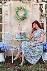 Bleu Avenue - Collectif Demira Dreamy Floral Dress - Spring Crafting