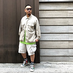 Mannix Lo - Gu Military Shirt Jacket, Uniqlo Cargo Shorts, Converse Floral Print Sneakers - Offline is the new peace of mind