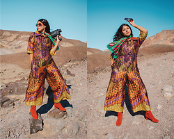 Martha Reyna -  - Feeling Gucci in the Desert