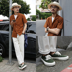 John Kuo - Kamakura Shirt Open Collar, Vans Sneakers, Levi's® Lvc - Tobacco open collar without tobacco