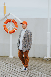BRONK - Ralph Lauren Orange Cap, Reserved Check Blazer, Adidas White Senakers - 27 / 04 / 2021