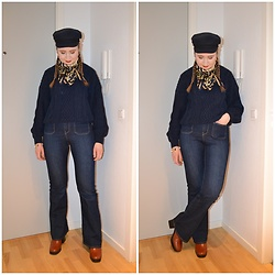 Mucha Lucha - H&M Hat, Second Hand Scarf, Knitted By My Mum Jumper, H&M Jeans, Raid Boots - Monochromatic navy
