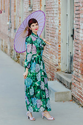 Bleu Avenue - Hydrangeas Maxi Dress, Bettie Page Purple Bow Peep Toe Heels - Hydrangeas