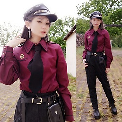 Nowaki Selenocosmia - Alice And The Pirates Aatp Bordeauxshirt, Your Highness Black Pants - You are under arrest