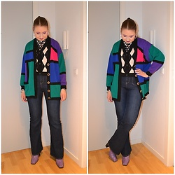 Mucha Lucha - Second Hand Cardigan, H&M Roll Neck Top, Monki Sweater Vest, H&M Jeans, Asos Boots - All about the layers